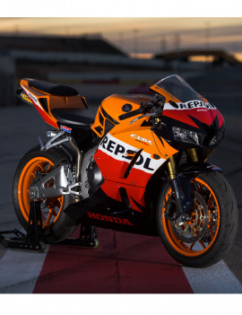 Location 600 CBR-RR Jerez / Portimao