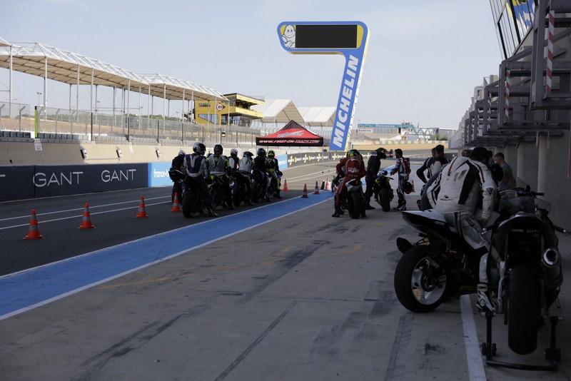Roulage moto circuit Le Mans.JPG