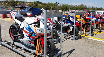 Transport moto sur circuit